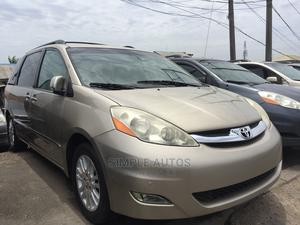 Toyota Sienna 2008 XLE Limited 4WD Gold | Cars for sale in Lagos State, Apapa