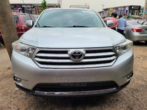 Toyota Highlander 2013 3.5L 4WD Silver   Cars for sale in Lagos State, Ogba