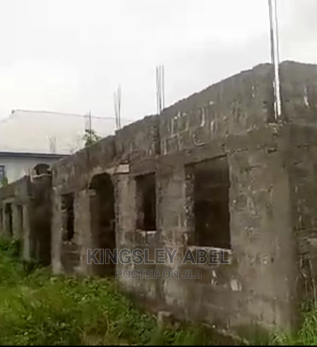 For Sale: Uncompleted Building of 5 Units of Selfcontained | Houses & Apartments For Sale for sale in Warri, Delta State, Nigeria
