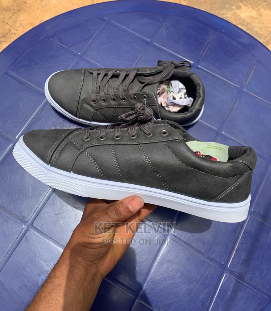 Clean Sneakers   Shoes for sale in Akure, Ondo State, Nigeria