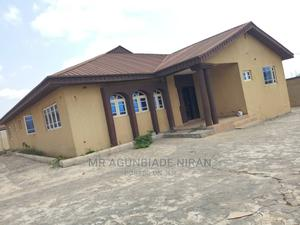 Newly Built 3bedroom Self Compound at New Ife Road Iyanagbla | Houses & Apartments For Rent for sale in Ibadan, Alakia
