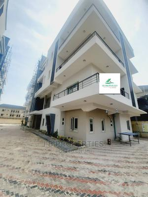 Extraordinary Lovely 3 Bedroom Block of Flats for Sale   Houses & Apartments For Sale for sale in Lekki, Lekki Phase 2
