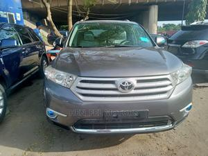 Toyota Highlander 2013 Limited 3.5L 2WD Gray | Cars for sale in Lagos State, Amuwo-Odofin