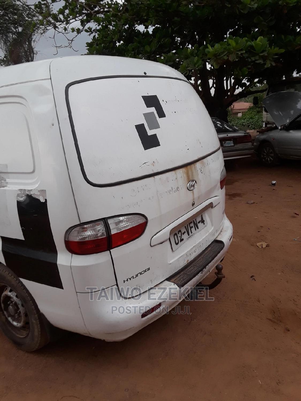 Hyundai H1/H200 2005 Model Diesel Engine. | Buses & Microbuses for sale in Ibadan, Oyo State, Nigeria