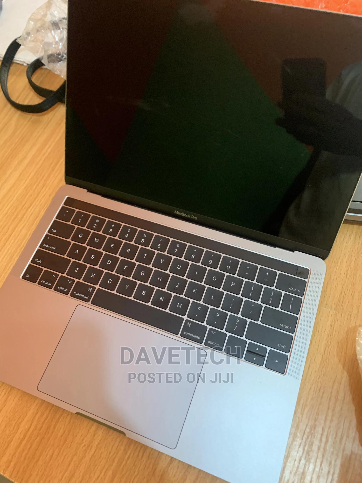 Laptop Apple MacBook 2017 8GB Intel Core I5 SSD 256GB   Laptops & Computers for sale in Osogbo, Osun State, Nigeria