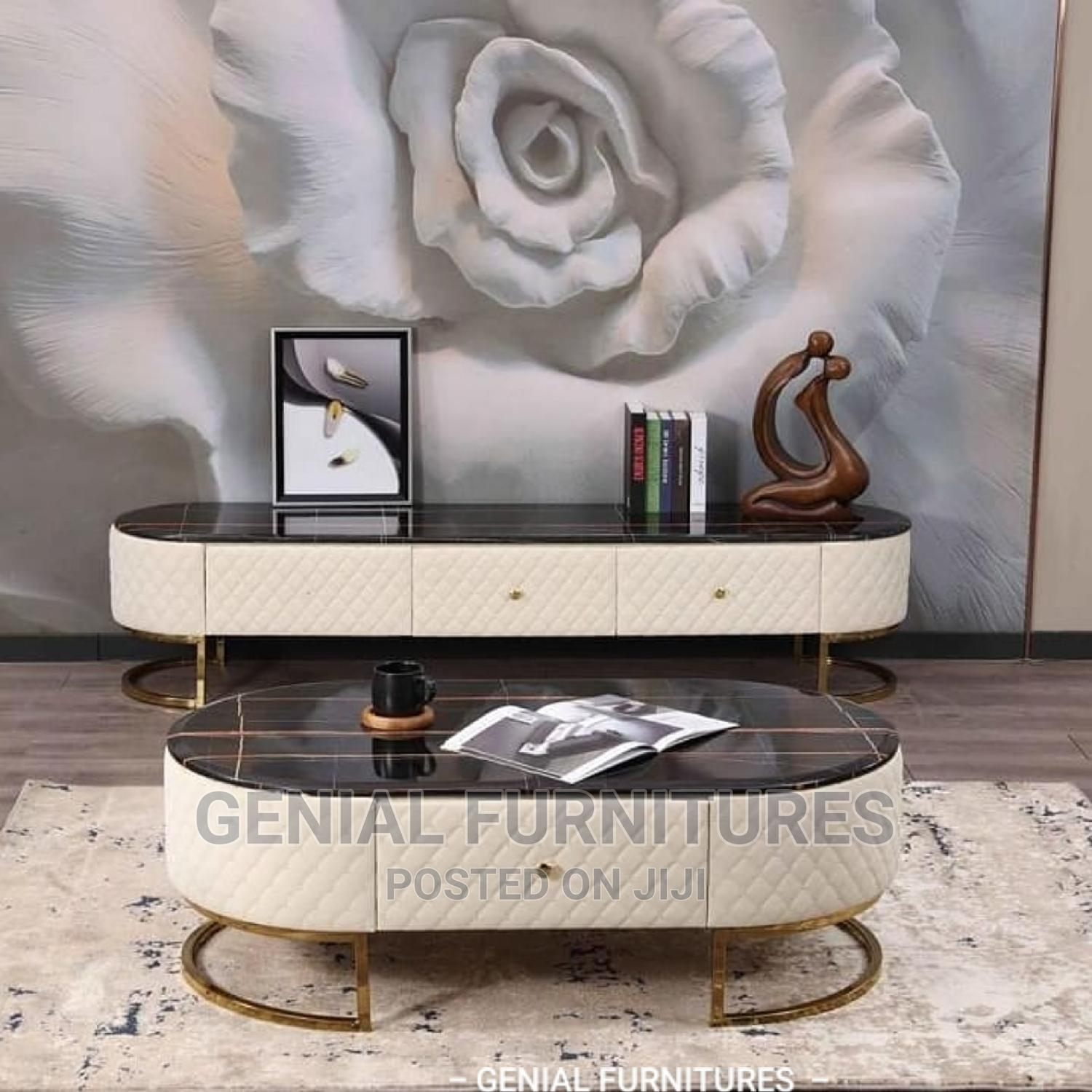 Archive: TV Stand With Centre Table