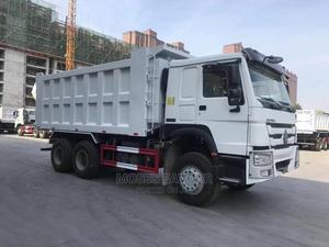 2020 Brandnew Sino Howo Dump Trucks | Trucks & Trailers for sale in Lagos State, Ojodu
