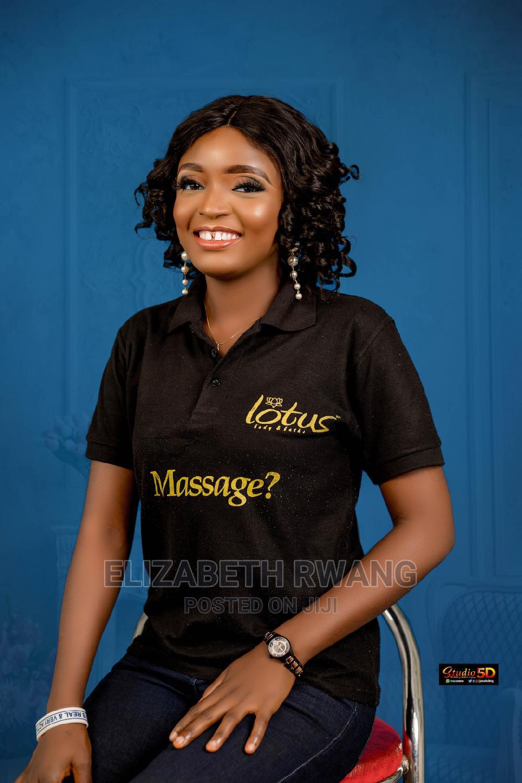 Female Masseuse CV