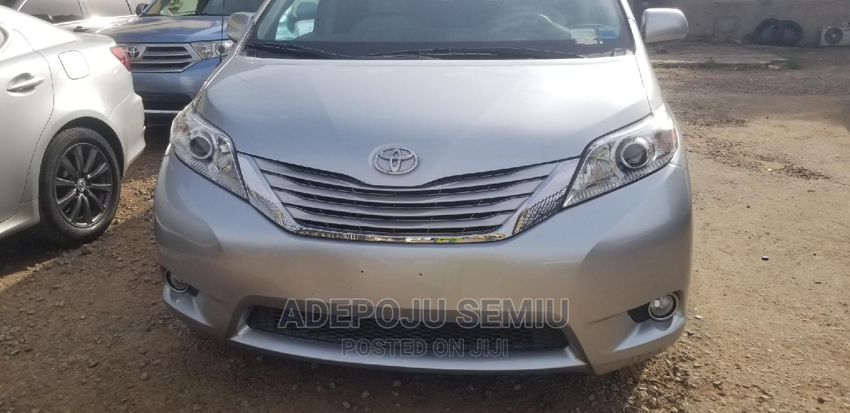Toyota Sienna 2013 Silver | Cars for sale in Ibadan, Oyo State, Nigeria