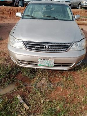 Toyota Avalon 2001 XL Buckets Gold   Cars for sale in Imo State, Owerri