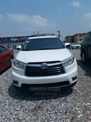 Toyota Highlander 2015 White | Cars for sale in Abuja (FCT) State, Central Business District