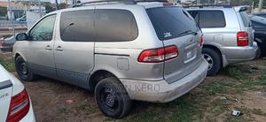 Toyota Sienna 2002 LE Silver | Cars for sale in Oyo State, Egbeda