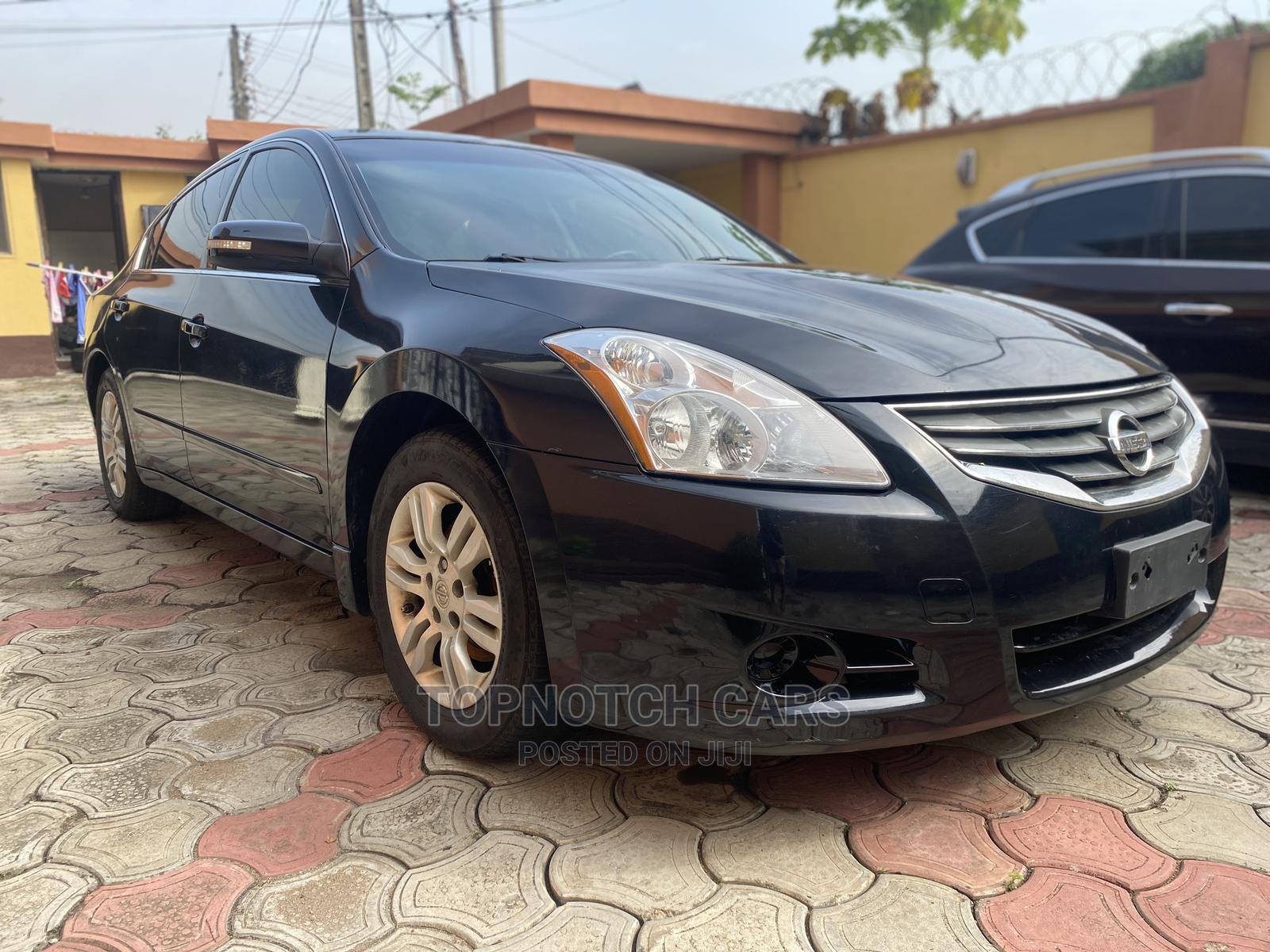 Nissan Altima 2011 Black   Cars for sale in Gbagada, Lagos State, Nigeria