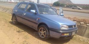 Volkswagen Golf 2000 2.0 GL 5-Door Blue   Cars for sale in Abuja (FCT) State, Kubwa