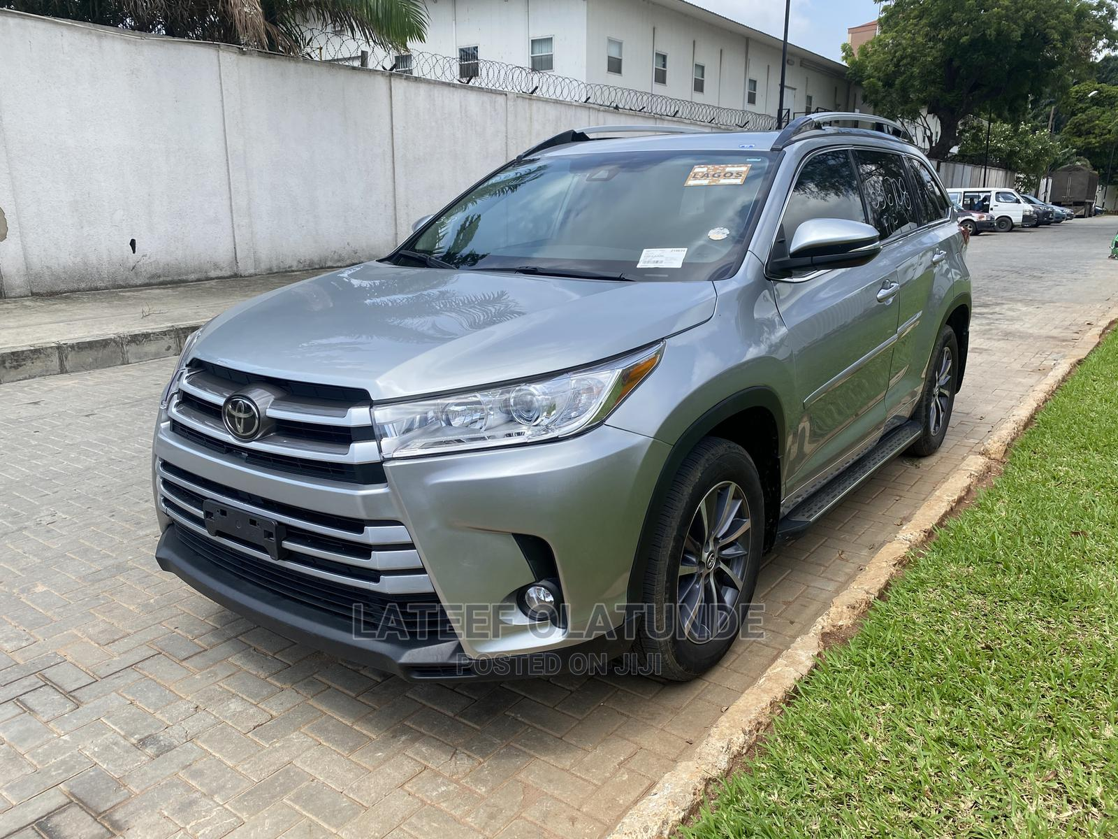 Toyota Highlander 2018 Silver   Cars for sale in Ikoyi, Lagos State, Nigeria