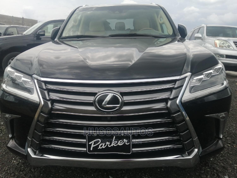 Lexus LX 2016 570 Base Black