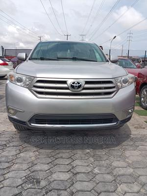 Toyota Highlander 2013 Limited 3.5l 4WD Silver | Cars for sale in Lagos State, Lekki