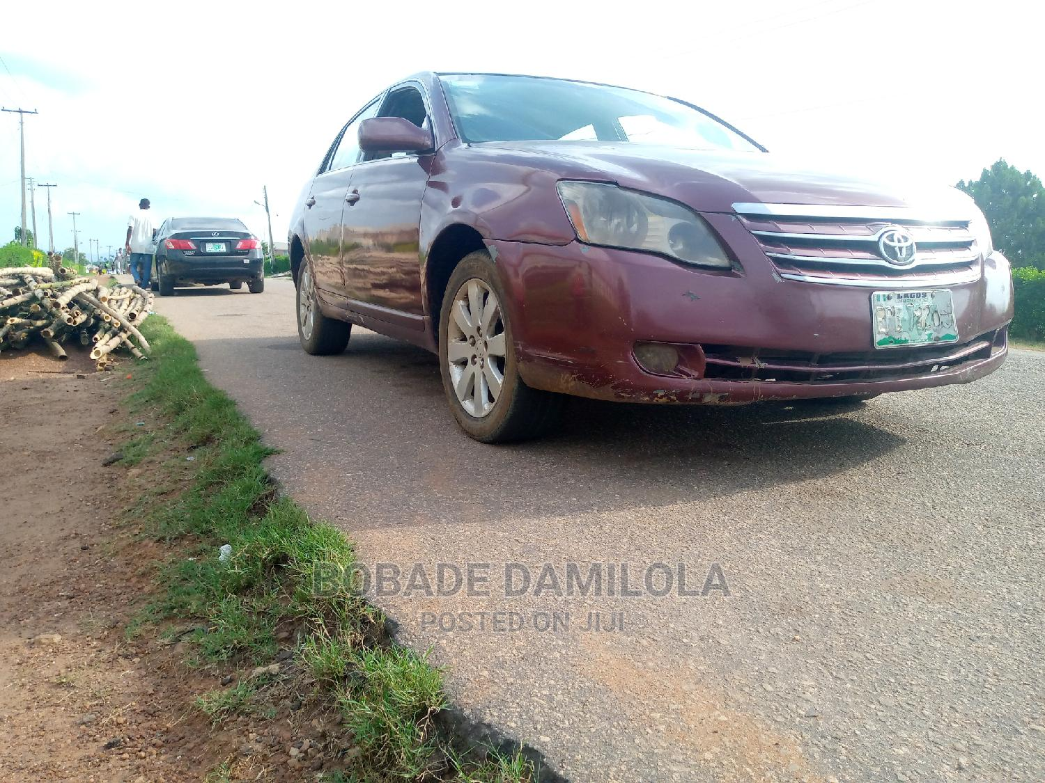 Archive: Toyota Avalon 2005 Touring Red