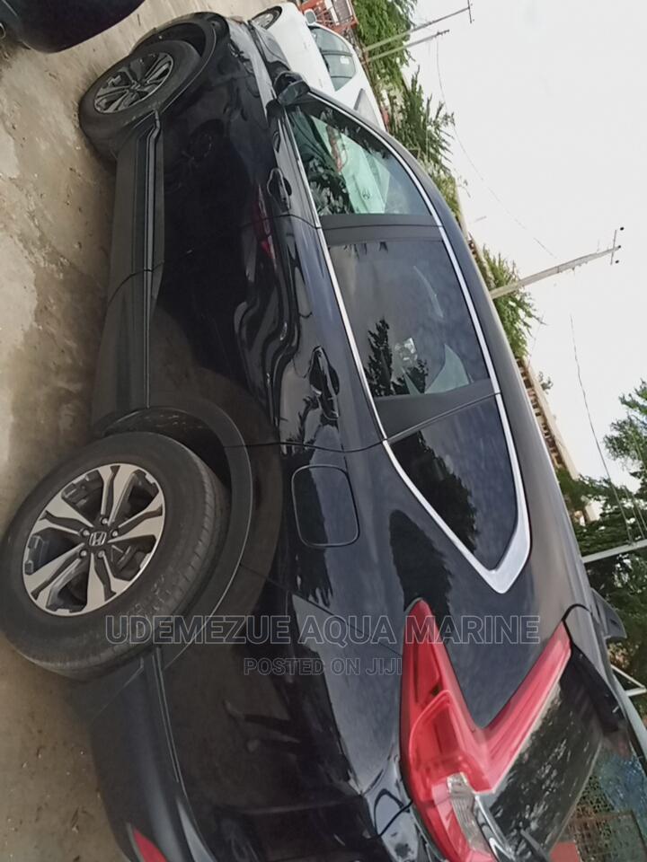Archive: Honda CR-V 2018 Black