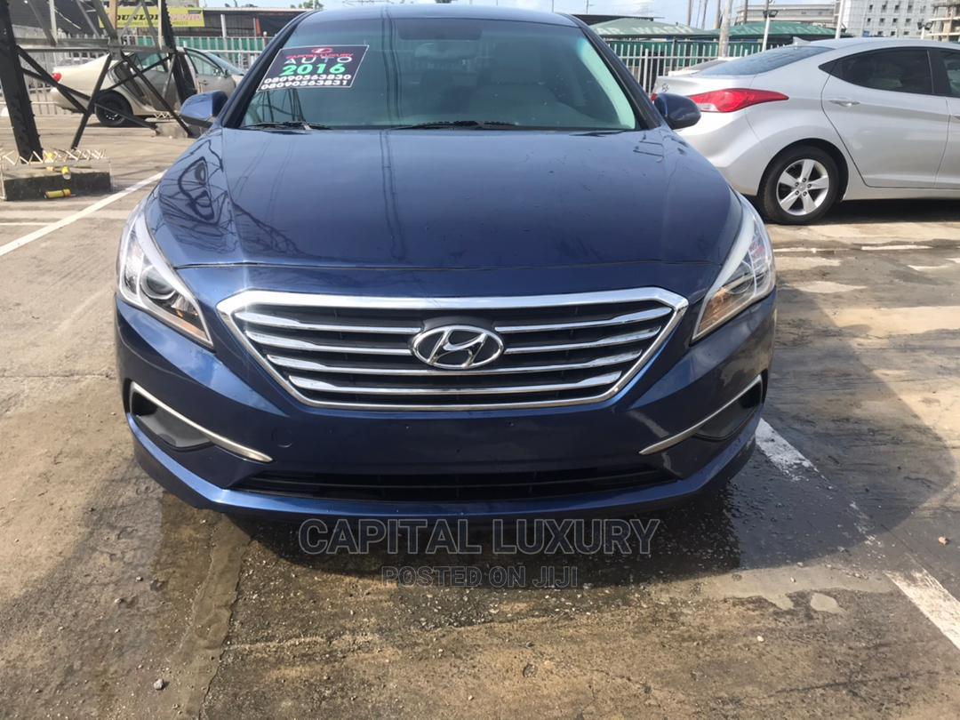 Hyundai Sonata 2016 SE Blue
