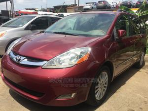 Toyota Sienna 2010 XLE 7 Passenger Red   Cars for sale in Lagos State, Apapa