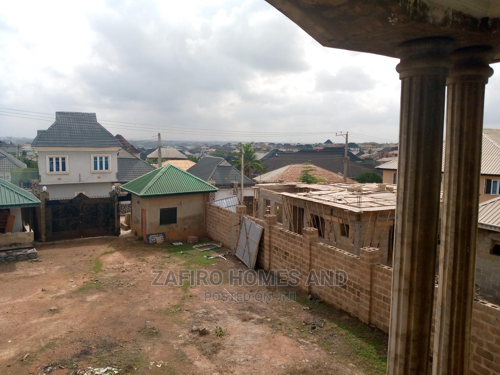Nice 5 Bedroom Duplex on 2 Plots in Peluseriki, Akala Expres | Houses & Apartments For Sale for sale in Akala Express, Ibadan, Nigeria