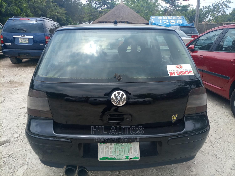 Archive: Volkswagen Golf 2001 Black