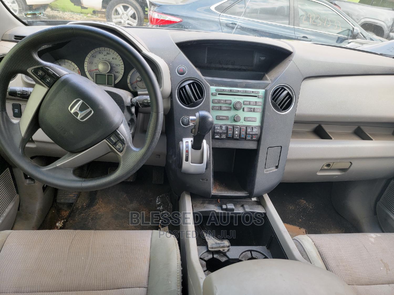 Archive: Honda Pilot 2010 Black
