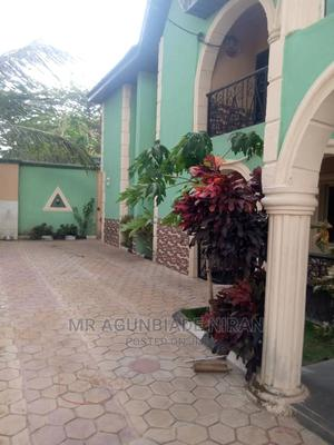 Nice 3bedroom Flat at Celica Rent 250k | Houses & Apartments For Rent for sale in Ibadan, Alakia