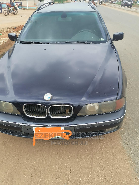 Archive: BMW M5 2003 Base Blue