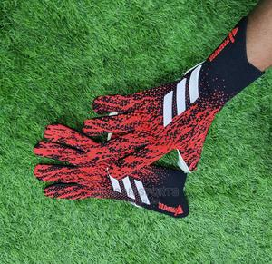 Professional Keepers Glove   Sports Equipment for sale in Lagos State, Surulere
