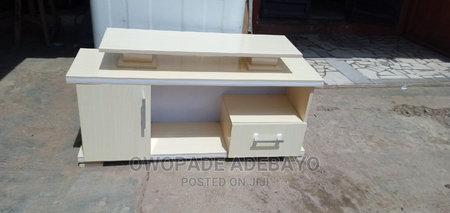 Archive: Tv Console / Tv Stand