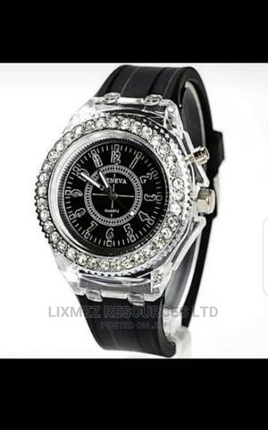 Light Watch   Watches for sale in Lagos State, Surulere