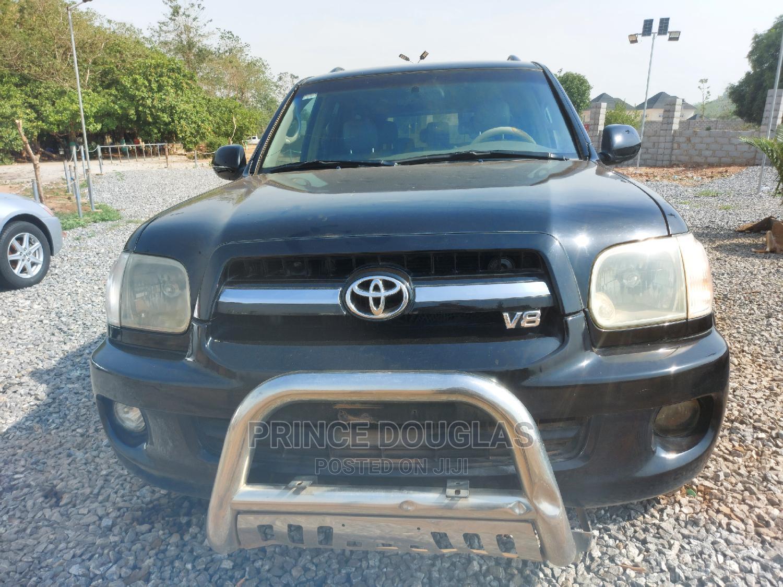 Archive: Toyota Sequoia 2005 Black