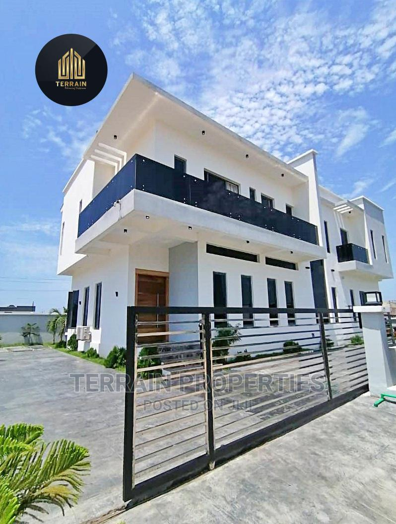 Luxury 5 Bedroom Semi Detached Duplex With Very Large Space