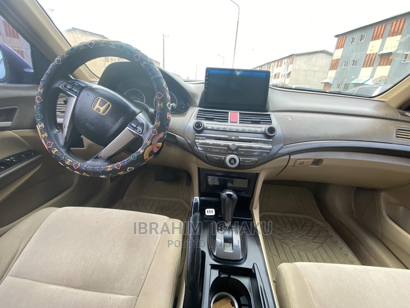 Archive: Honda Accord 2009 2.0 I-Vtec Automatic Blue