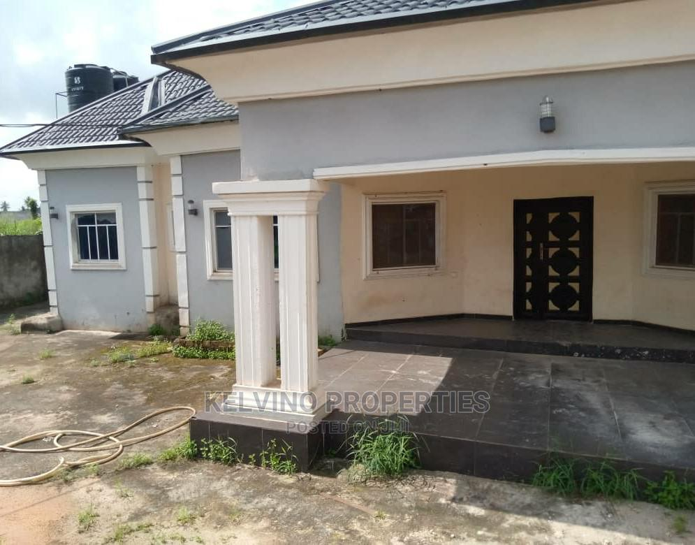 Exquisite and Spacious 4 Bedrooms With 2 Sitting Rooms