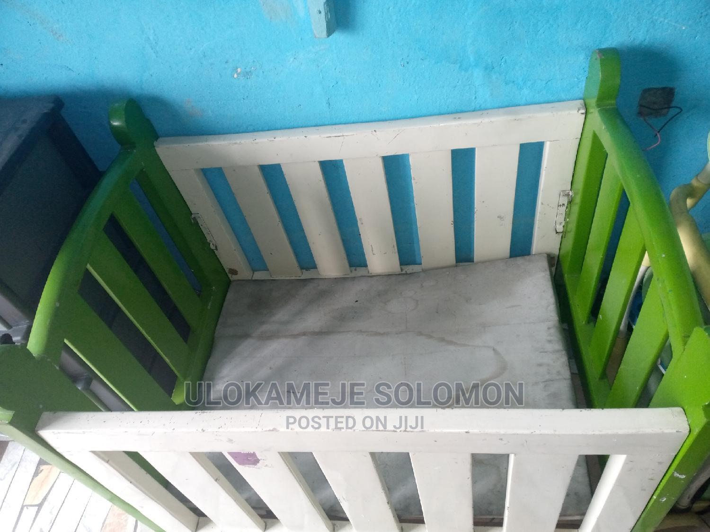 Babies Cot / Bed