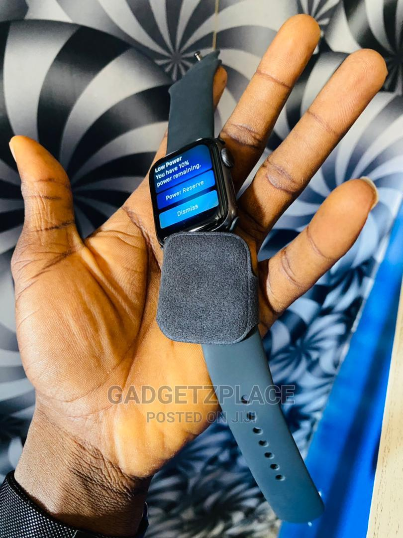 Apple Watch Series 5 | Smart Watches & Trackers for sale in Ilorin South, Kwara State, Nigeria
