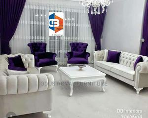 7 Seater Blue and White Chesterfield Sofa with Centre Table and Throw Pillows   Furniture for sale in Lagos State, Lekki