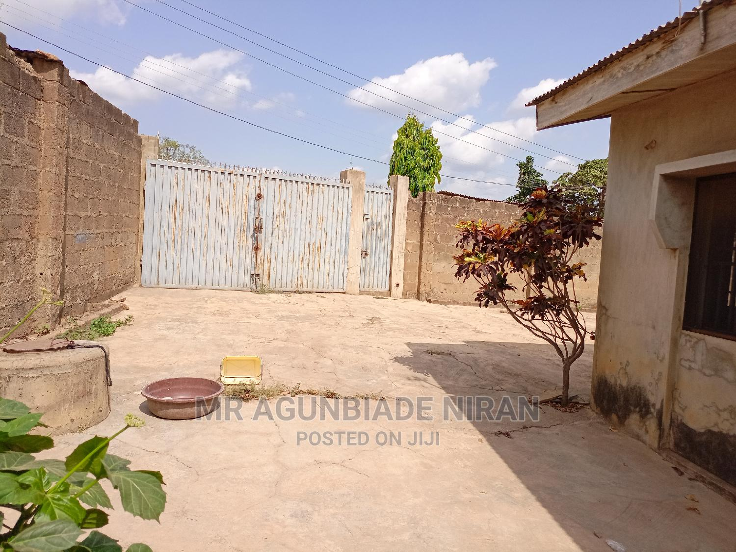 Archive: Furnished 4bdrm Bungalow in Alakia New Ife for Sale
