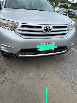 Toyota Highlander 2013 Limited 3.5l 4WD Silver | Cars for sale in Delta State, Warri