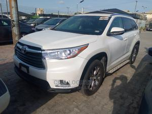 Toyota Highlander 2015 White   Cars for sale in Lagos State, Ajah