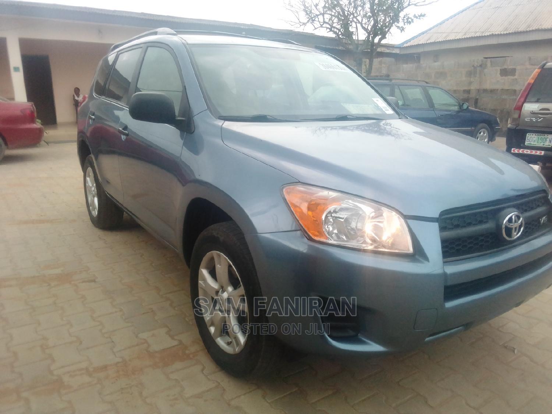 Archive: Toyota RAV4 2010 2.5 4x4 Blue