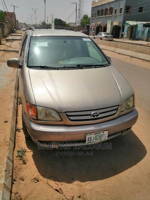 Toyota Sienna 2000 LE & 1 hatch | Cars for sale in Kano State, Fagge