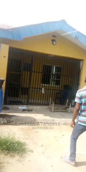 3 Bedroom Flat for Sale | Houses & Apartments For Sale for sale in Ikorodu, Igbogbo
