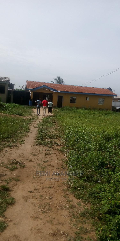 3 Bedroom Flat for Sale   Houses & Apartments For Sale for sale in Igbogbo, Ikorodu, Nigeria