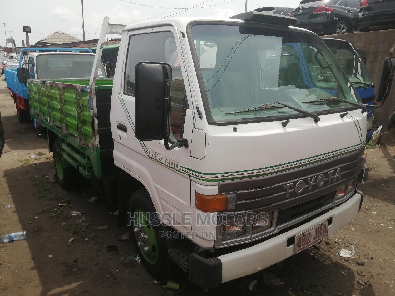 Toyota Dyna 200 1994 White | Trucks & Trailers for sale in Apapa, Lagos State, Nigeria