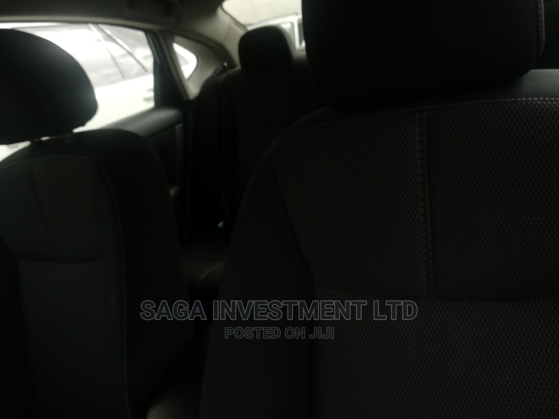 Archive: Nissan Sentra 2018 SL Gray