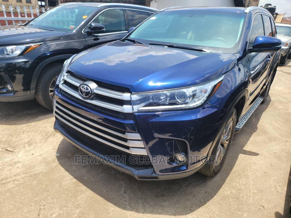 Toyota Highlander 2015 Blue